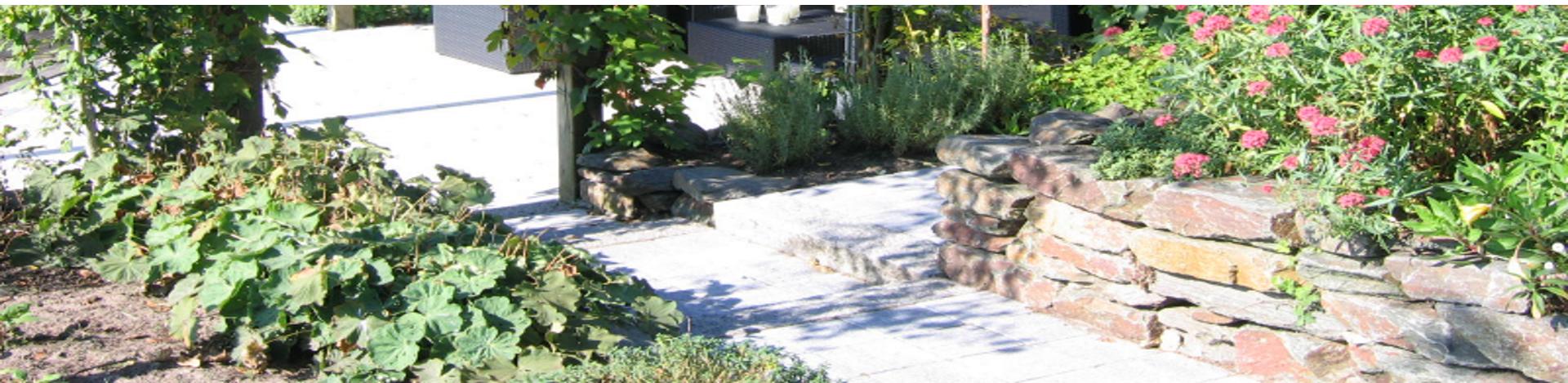 Aanleg van tuinmuren en verhogingen